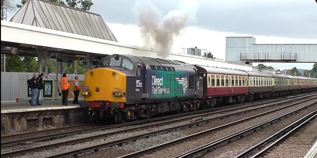 DRS Class 37 Redhill