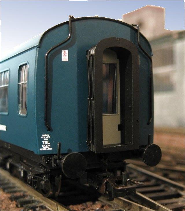 Class 108 Gangway