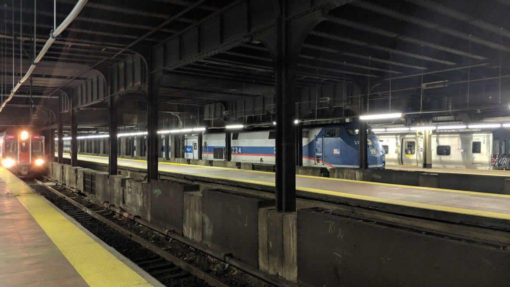 Amtrak Genisis Wide Shot
